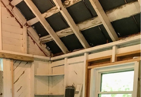 she-shed interior - old rafter eave blocks