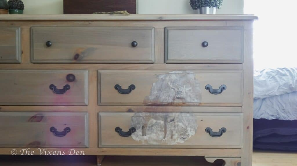 dresser with whitetail buck transfer