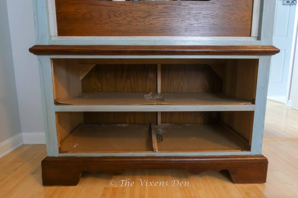 craft cabinet drawer openings with missing drawer slide